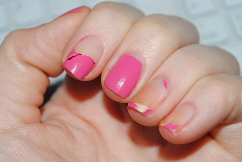 15 Reasons Gel Nails Chip or Peel too Soon